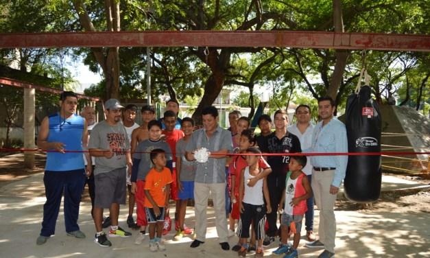 Inaugura alcalde 1ª etapa de gimnasio de box ubicado en el parque Uruapan