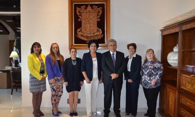 Se reúne Marco Antonio Flores Negrete con integrantes de Agrupación Michoacana de Abogadas, A.C.
