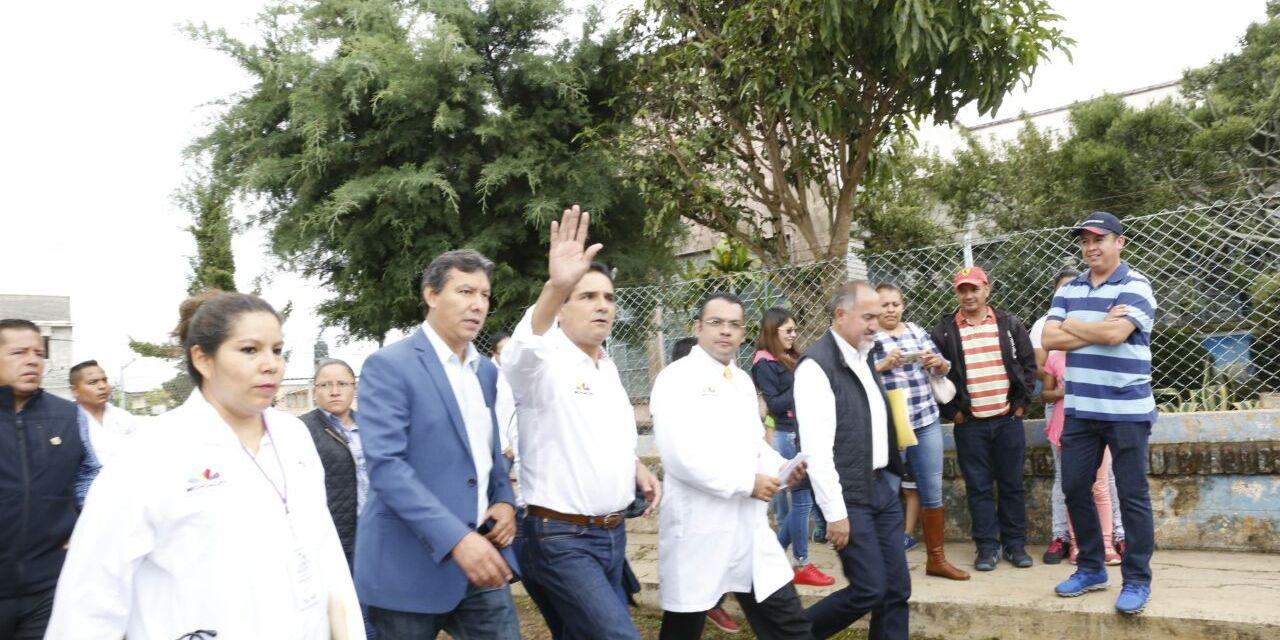 Arranca Gobernador mejoramiento del Centro de Salud en Ario de Rosales