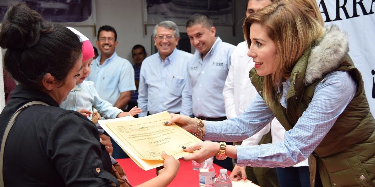 Inicia IVEM construcción de viviendas para familias de Tzitzio