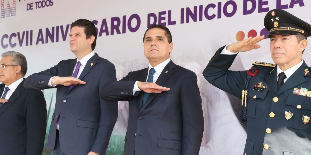 Encabeza Gobernador acto cívico por CCVII aniversario del inicio de la Independencia Nacional
