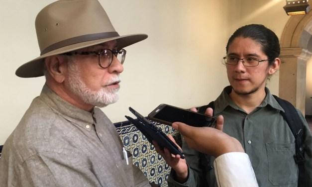 Latinos, una voz importante en la poesía: vates