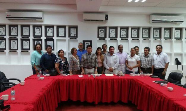 Reafirma Alcalde apoyo para modernizar escuelas en el municipio