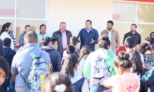TEBAM trabaja por reducir los índices de deserción escolar a causa del embarazo en adolescentes: Juan Carlos Barragán