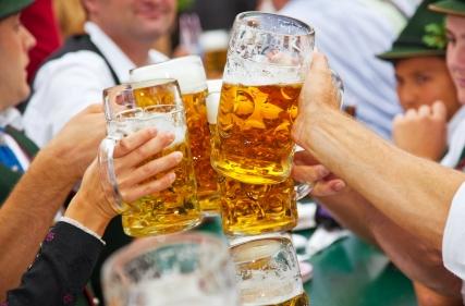 Le birre dell'Oktoberfest distribuite da Timossi Commerciale Spa