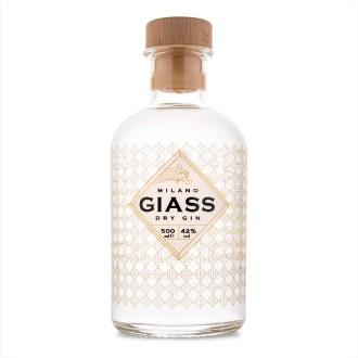 giass-dry-gin-spirits