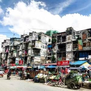 phnom-penh-vervallen-gebouwen