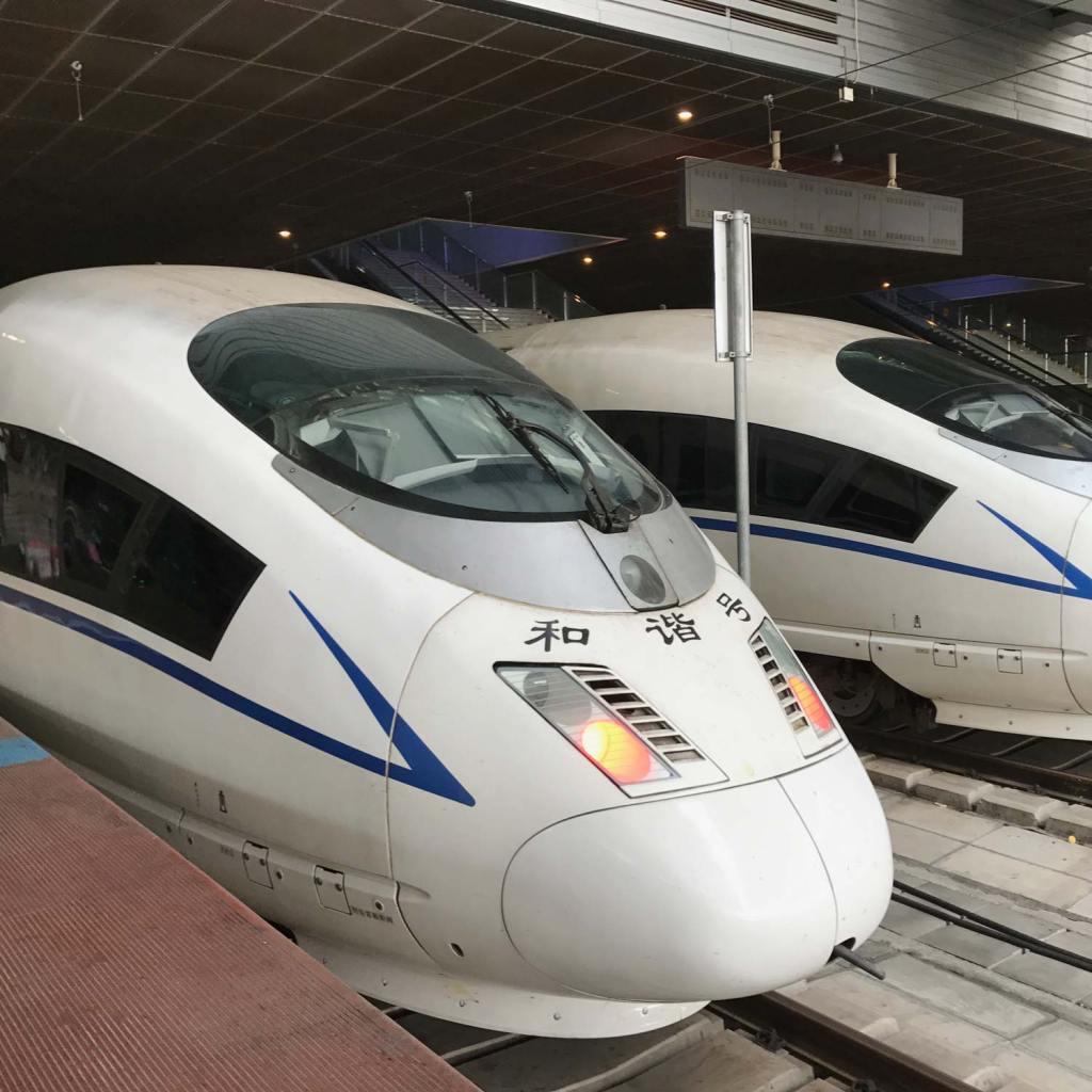 shenzhen-bullit-train