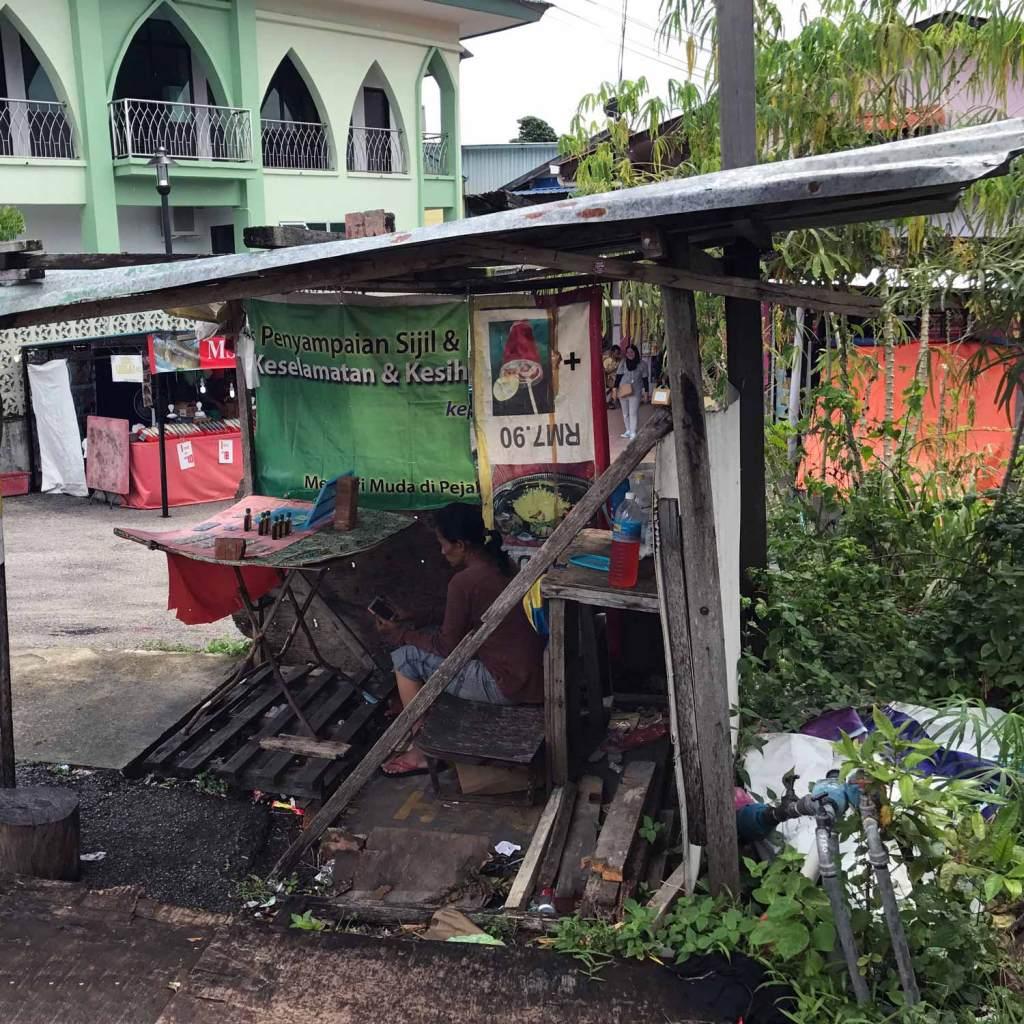 Kuching-Kampong-Come-To-My-Shop
