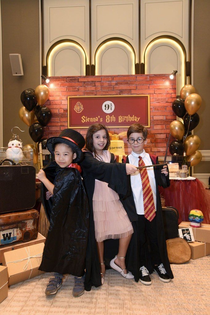 sienna jueptners harry potter themed birthday party