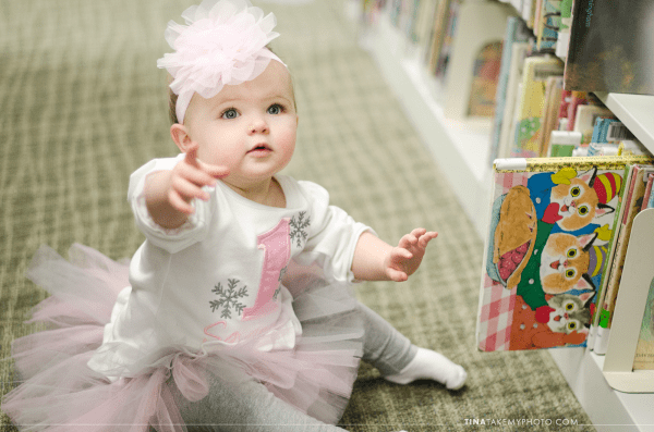 1-year-family-baby-photographer-library-books-chesterfield-virginia-rva-photographer-01