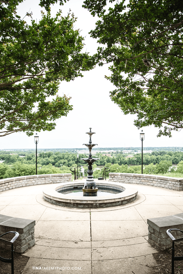 downtown-richmond-virginia-rva-skyline-libby-hill-park-view-city-fountain-symmetry-stone-monument-urban-photographer-outdoor-nikon-cloudy-weather