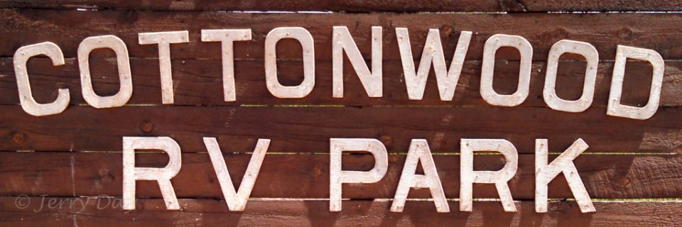 Cottonwood RV Park Sign
