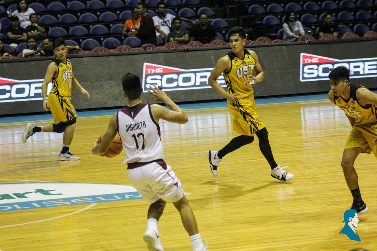 Jaboneta catches fire, lifts UP past UST