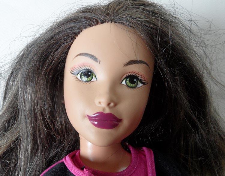 Mattel Teen Trend Doll - Kianna