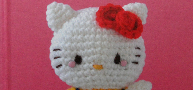 Hello Kitty Crochet Book A Craft Book Review Tin Teddy