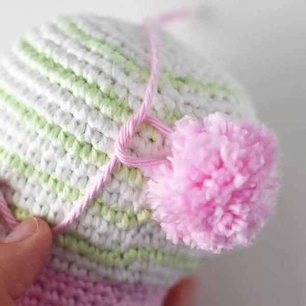 Attaching Bunny Tail yarn pompom - Bunny & Bear Amigurumi Pattern by Tiny Curl