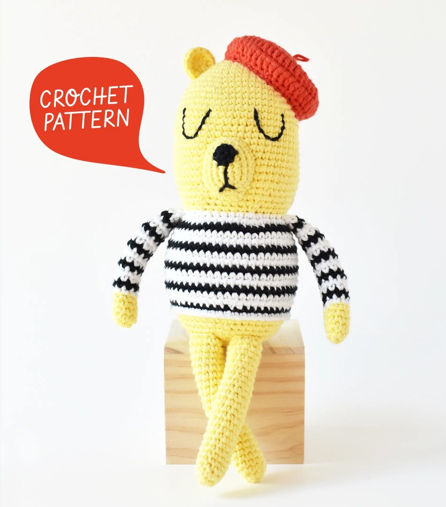 Image marking the beginning of the Monsieur Bear amigurumi pattern. A free crochet pattern by Tiny Curl.