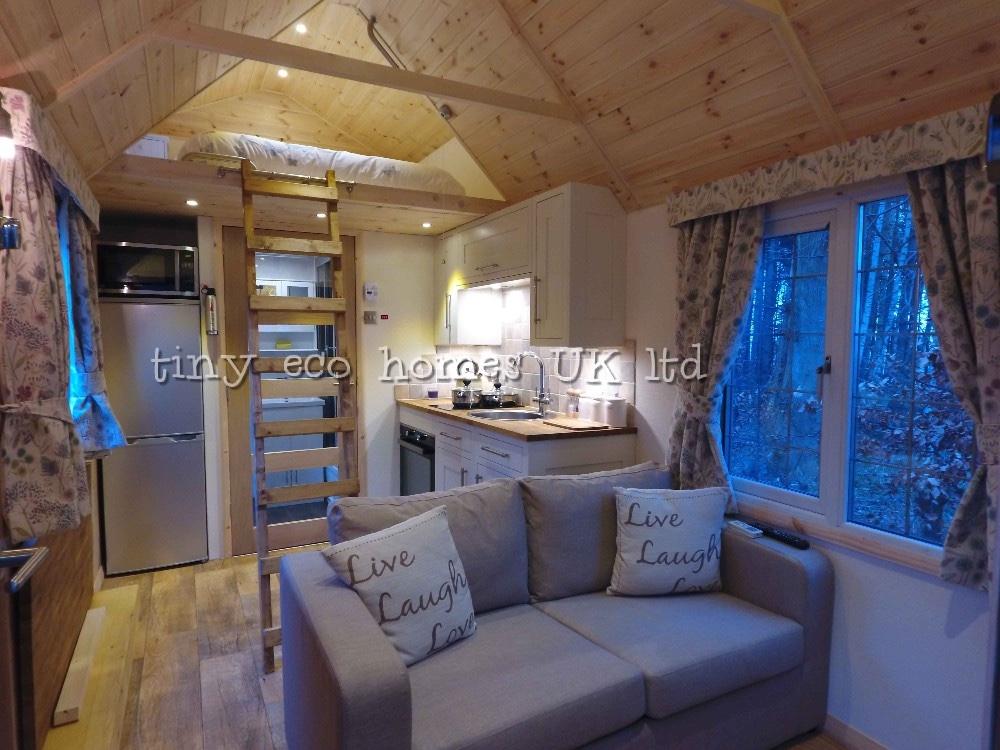 traditional-range-tiny-home4