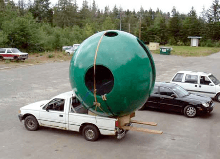 sperical-tree-house-truck