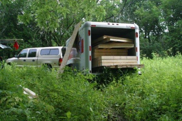 dennis-cabin-in-trailer