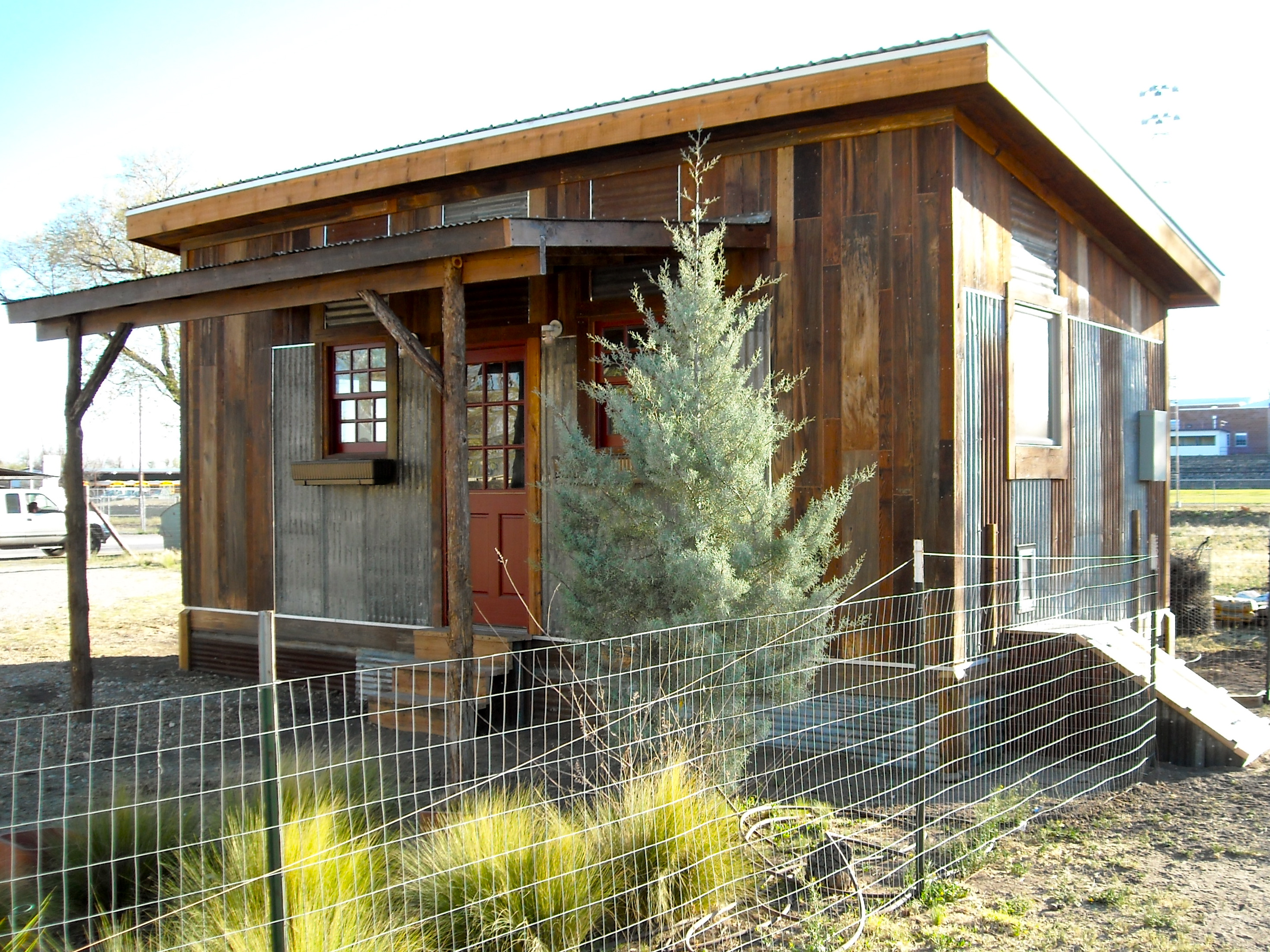 Tiny Home Designs: Small House Builder