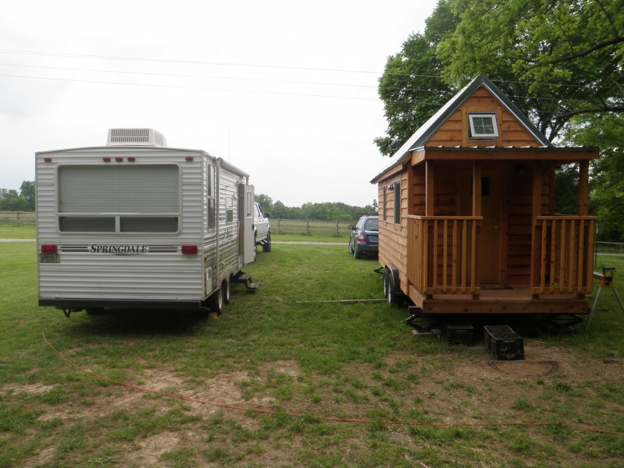 tiny house vs camping trailer. Black Bedroom Furniture Sets. Home Design Ideas