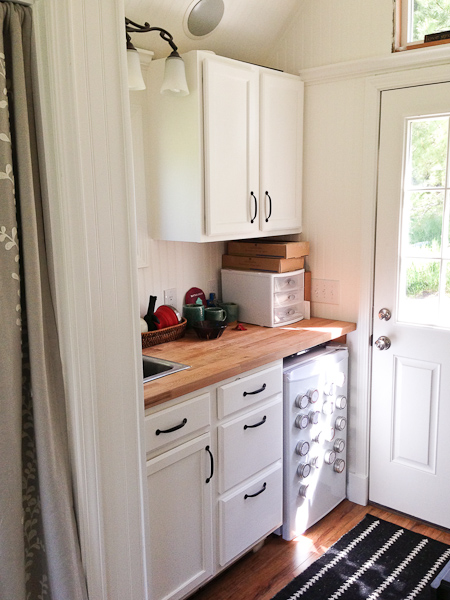 Almost Glamping- Kitchen 2