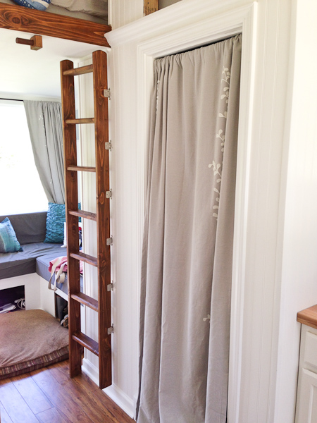 Almost Glamping - Ladder to Loft