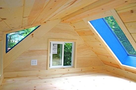 Molecule Tiny Homes - Loft