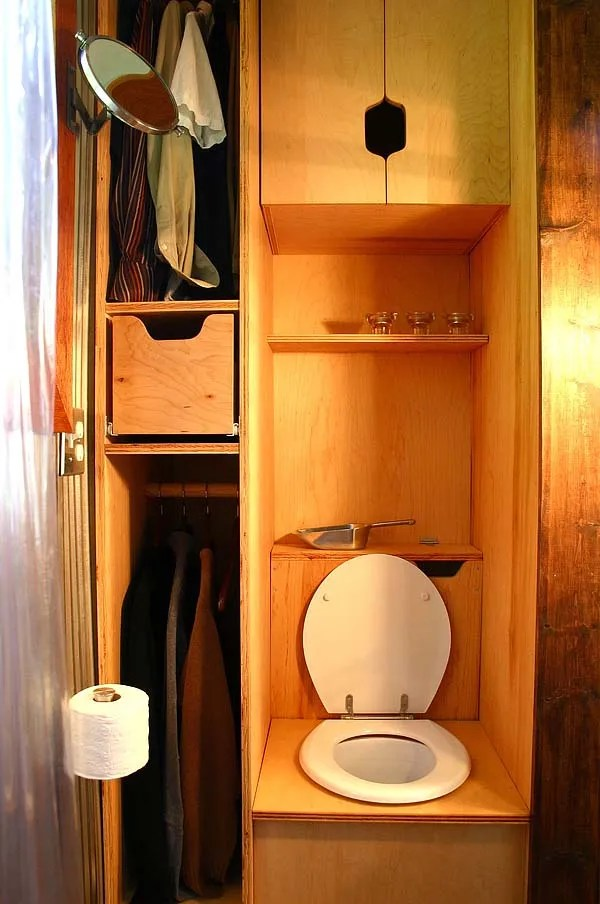 tall mans tiny house bathroom