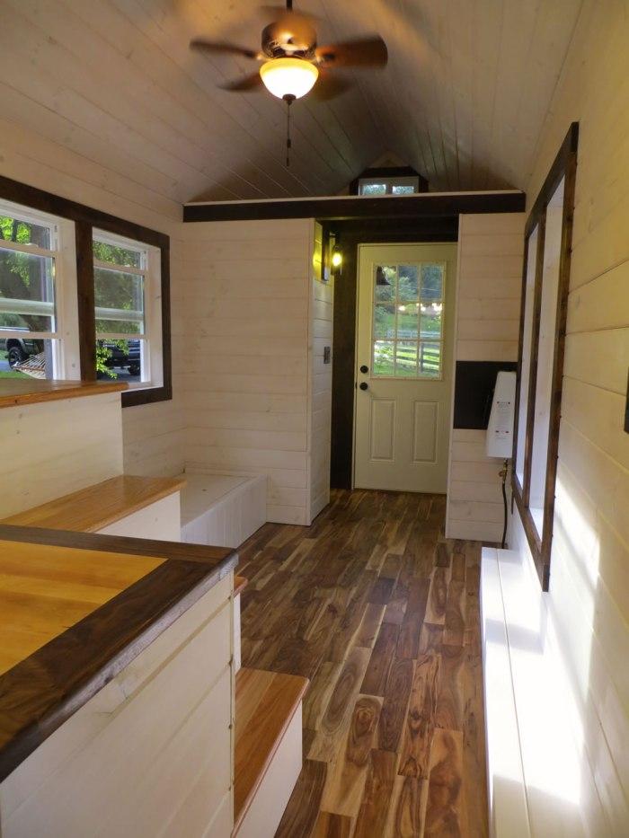 Robins Nest Interior 2-Brevard Tiny House Company