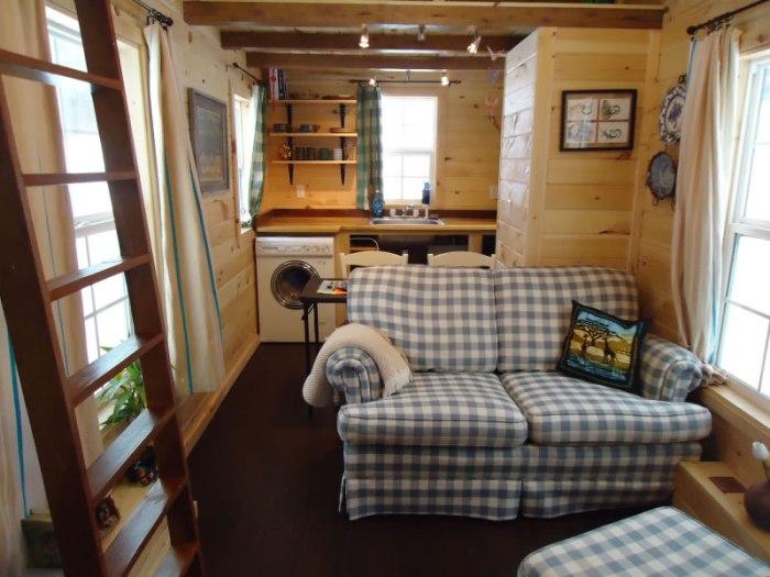 Sunny Side Interior-Brevard Tiny House Company