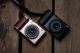 Fujifilm_XF10_7