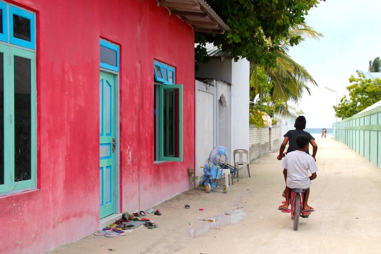 colours of maldives
