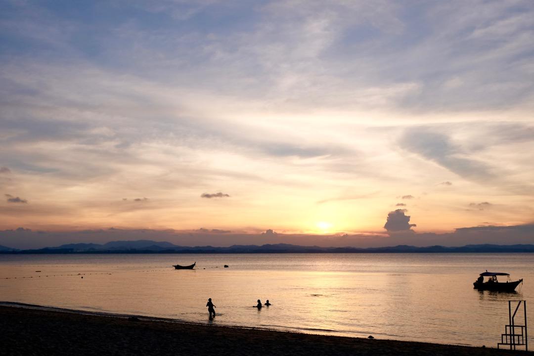 sunset on pulau kapas