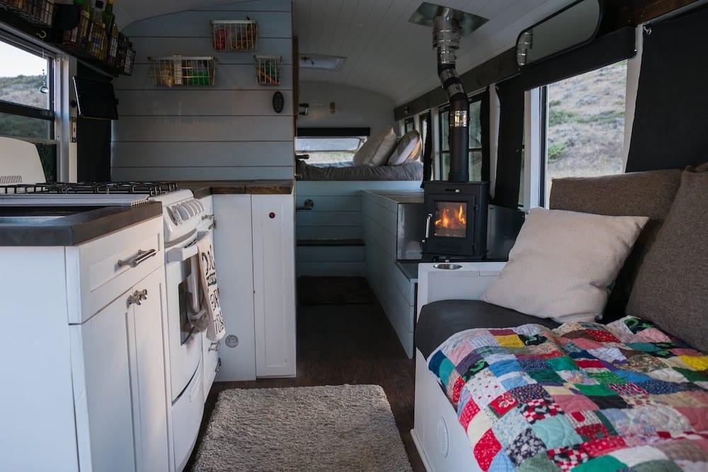 @naturalstatenomads interior skoolie design.