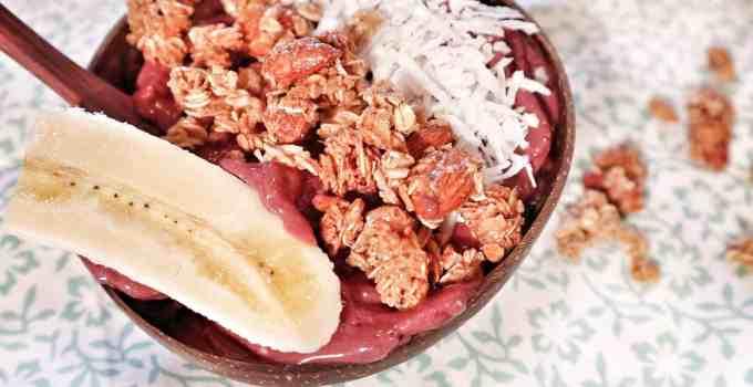 Strawberry Acai Smoothie Bowl