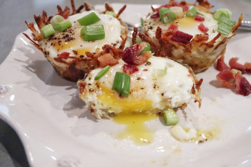 Cheesy Hashbrown Egg Bites with Bacon