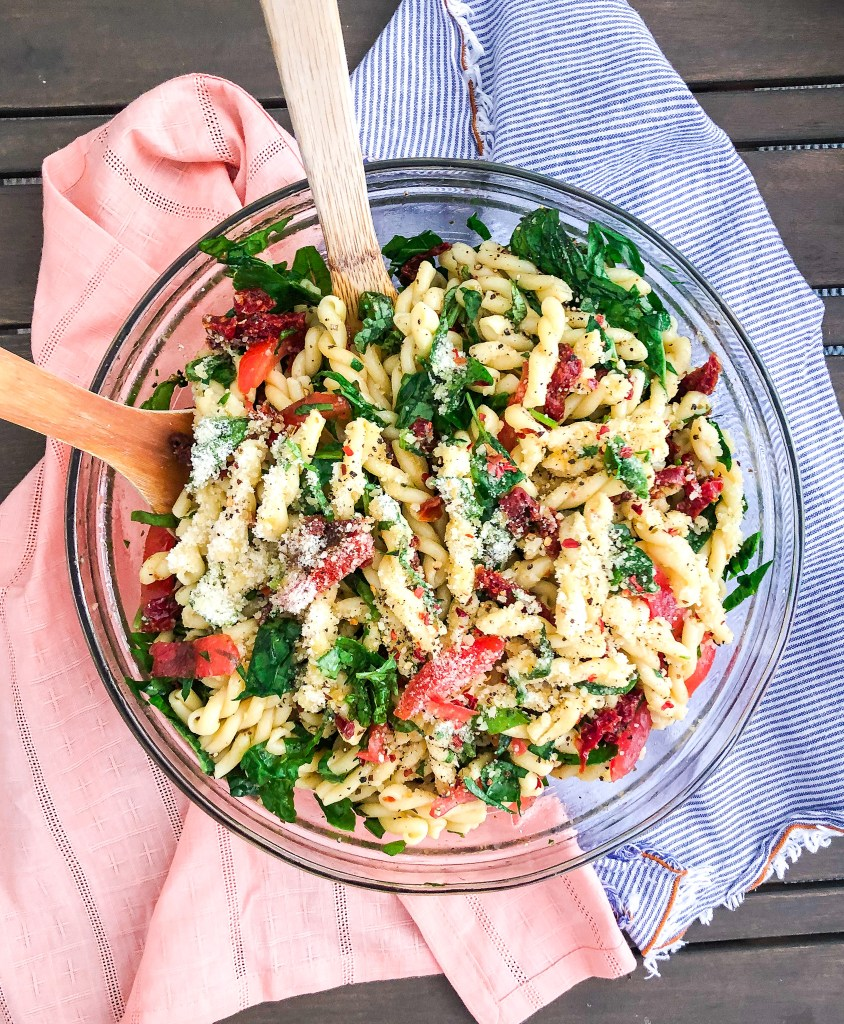 5 Ingredient Sun-dried Tomato Pasta Salad