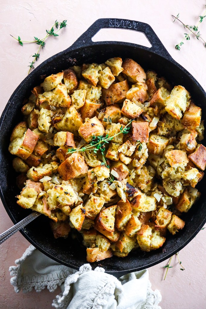 Easy & Crispy Skillet Thanksgiving Stuffing Recipe