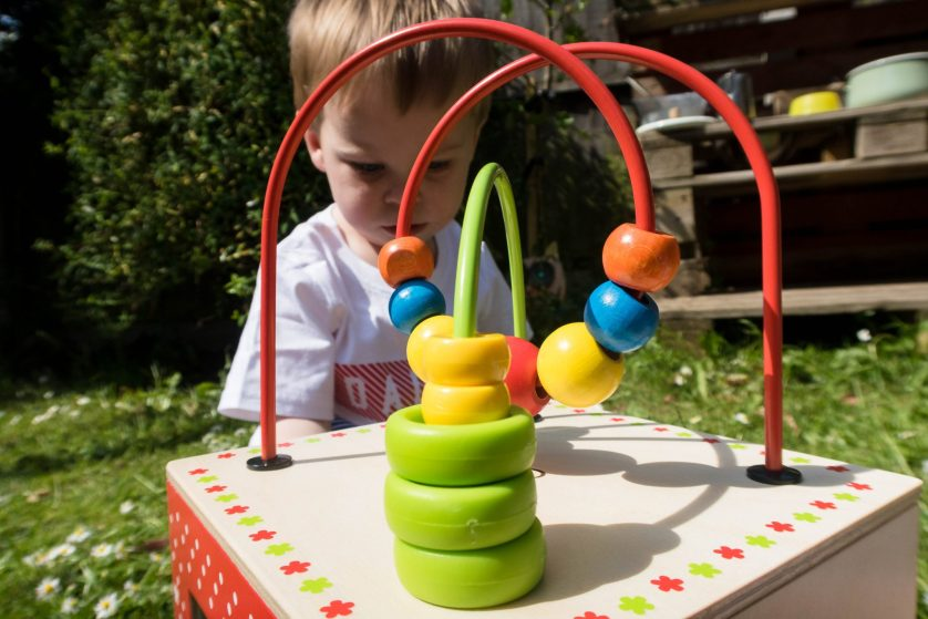 5 sides of fun with the Hape Discovery Box