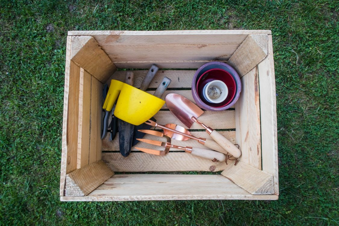 3 ways with an apple crate - storage