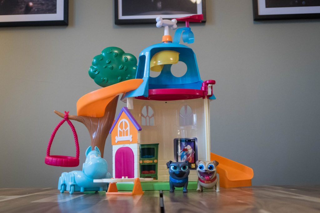 The Puppy Dog Pals Doghouse Playset