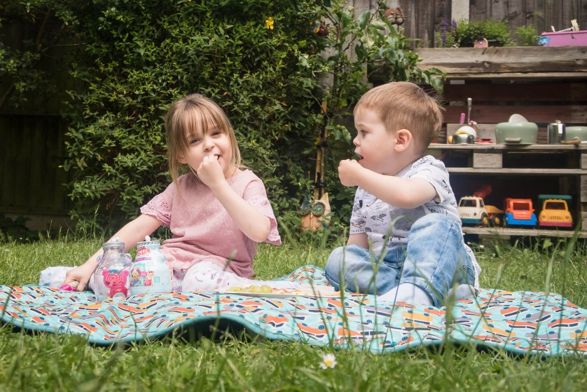 Creating the Perfect Picnic with Num Noms (AD)