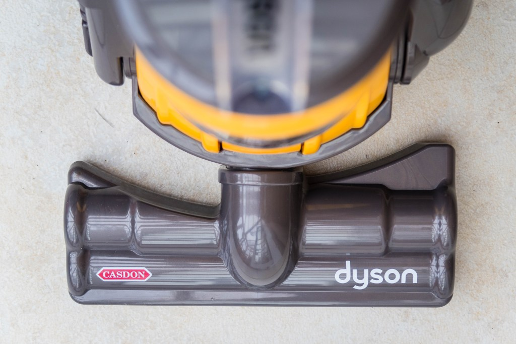 Casdon Dyson Ball Toy Vaccum Cleaner Review