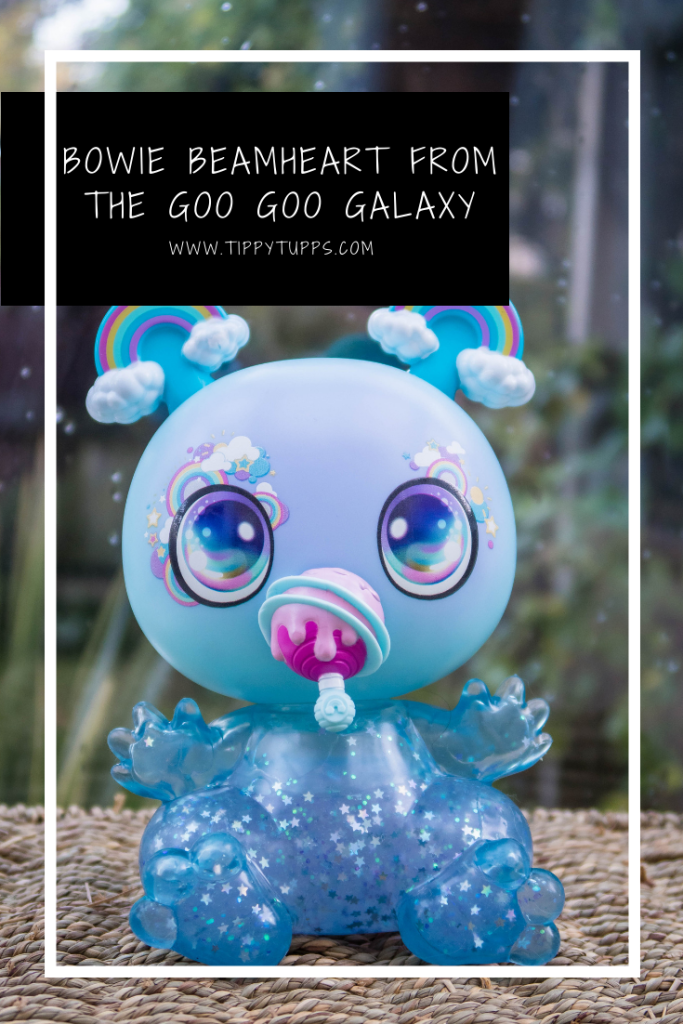 Gift ideas for children: Bowie Beamheart from the Goo Goo Galaxy is ready to be filled with Star Goo - designed by you! A doll with both slime and rainbows? What's not to like.