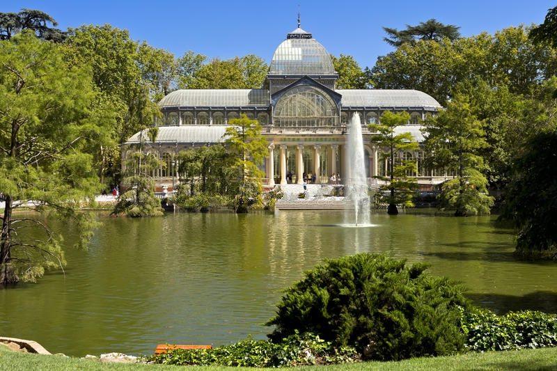Palazzo di Cristallo nel Parco del Retiro di Madrid