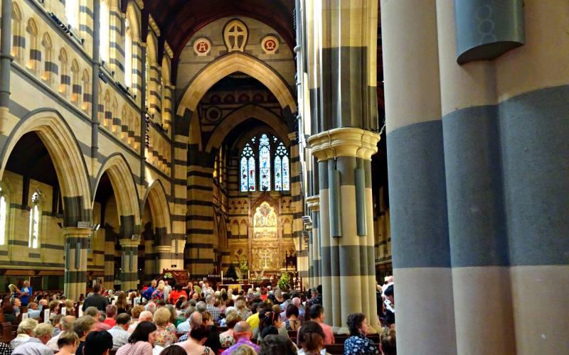 Interno della cattedrale St. Paul's Cathedral di Melbourne