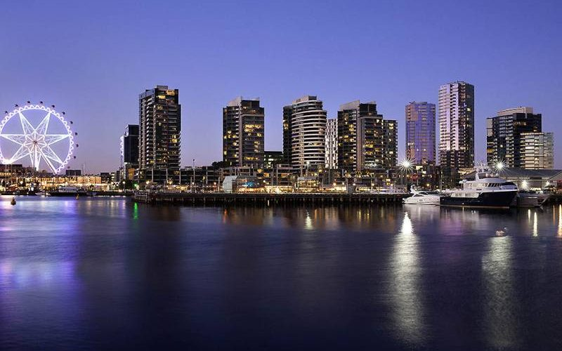 Skyline di Melbourne dal quartiere Docklands